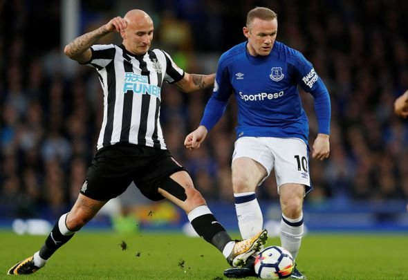 Everton fans happy as Rooney exit draws closer