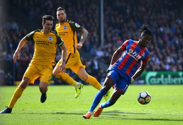 Spurs in race for Zaha