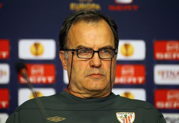 Leeds hoping to confirm Marcelo Bielsa as new manager within 24 hours