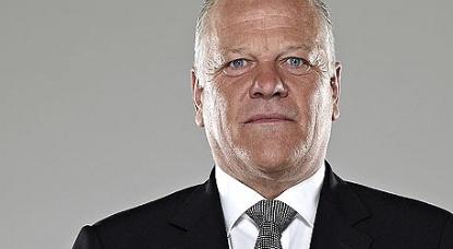 Gray fires warning at Everton over Silva sacking