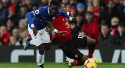 Clattenburg: United shouldn't have been given penalty v Everton