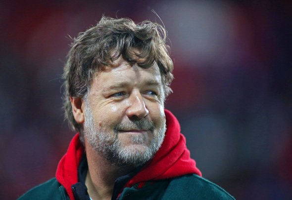 Russell Crowe sends Twitter message to Leeds fans