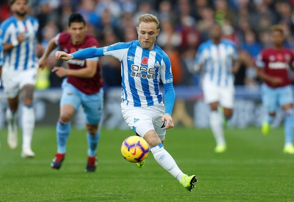 Wolves eye up former West Brom attacker Pritchard