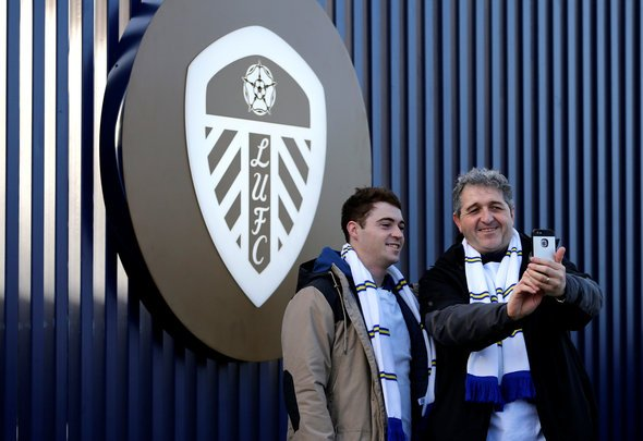 Wow Hope The Club Buys The Design Many Lufc Fans Buzz Over Amazing Concept Badge Image Thisisfutbol Com
