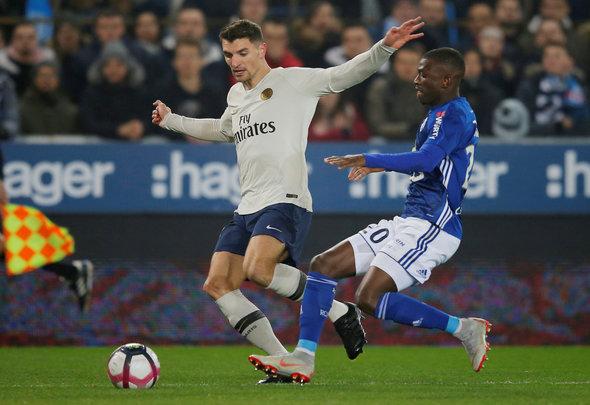 Everton monitoring situation of Meunier