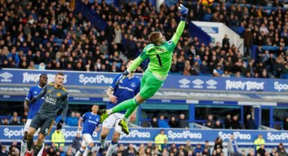 Everton: Supporters discuss if Jordan Pickford should exit Goodison Park