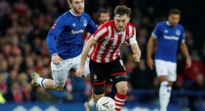 Davies' display v Huddersfield will leave Gueye worried