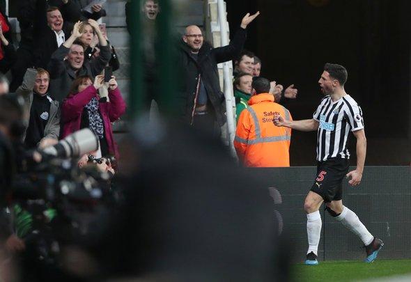 Newcastle fans react to Schar injury v Southampton