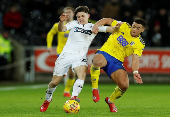 New James contract would not affect Leeds transfer pursuit