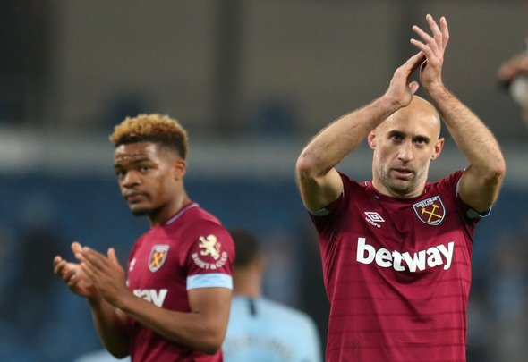 Zabaleta leaves West Ham future up in the air