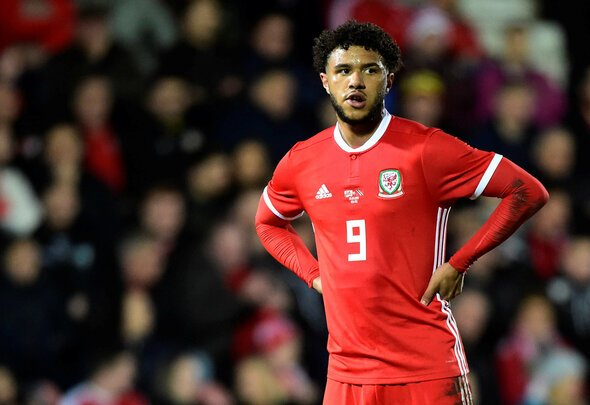 810c0bf2ed3c Many Leeds and Wales fans react to Tyler Roberts performance in ...