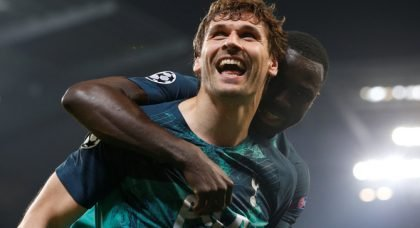 Spurs to release Llorente