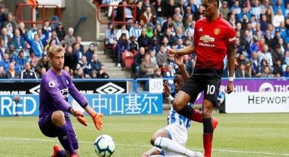 Man United fans react to Rashford contract