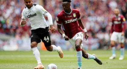 Saunders suggest Abraham should join Villa as bigger club than Chelsea