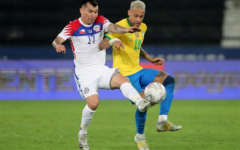 Image for Exclusive: Ex-Leeds United player says Gary Medel would've been a needless signing